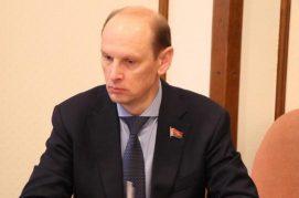В Беларуси планируют освободить инвалидов I и II группы от компенсации госрасходов на содержание детей.