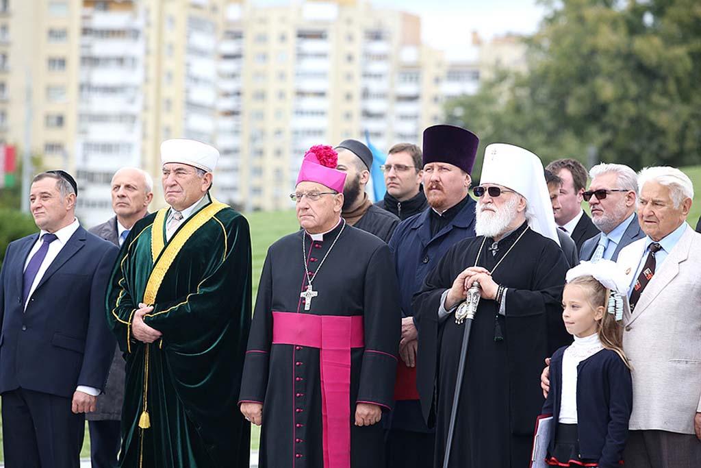 Митинг посвященный Международному дню мира прошел в Минске 8
