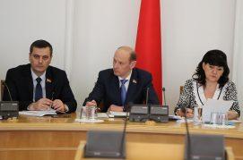 5 апреля 2018 года состоялось заседание рабочей группы Постоянной комиссии Палаты представителей по законодательству по проекту Закона Республики Беларусь «О внесении изменений и дополнений в некоторые кодексы Республики Беларусь».
