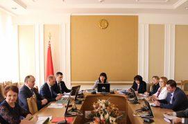 4 апреля 2018 года состоялось расширенное заседание Постоянной комиссии Палаты представителей по законодательству о ходе подготовки ко второму чтению проекта Закона Республики Беларусь «О нормативных правовых актах»